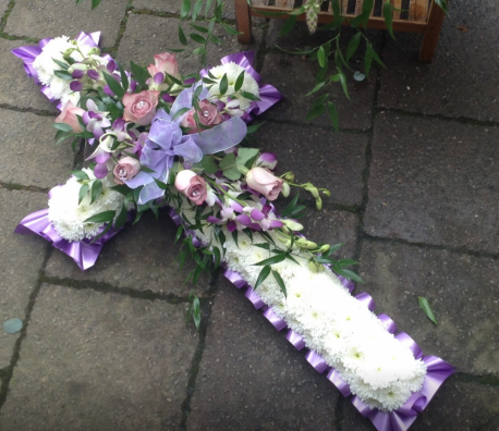 3ft Lilac Cross